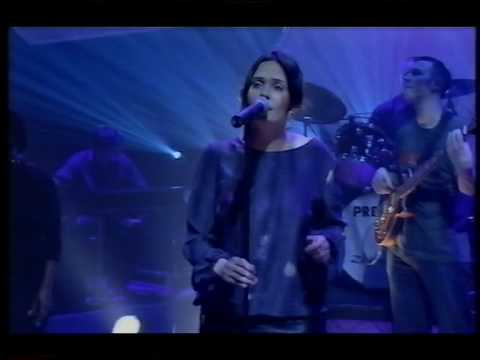Zero 7 & Sophie Barker In The Waiting Line Live Jools Holland 2001